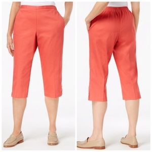Alfred Dunner Coral Pull On Capri Pants Plus Size